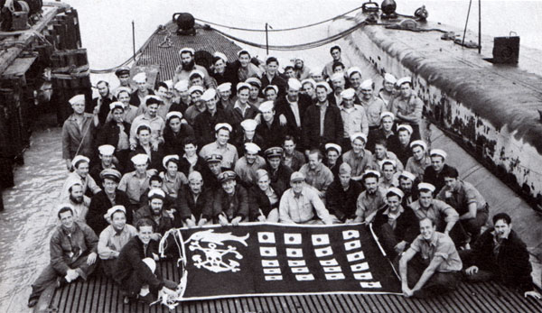 USS Swordfish Crew