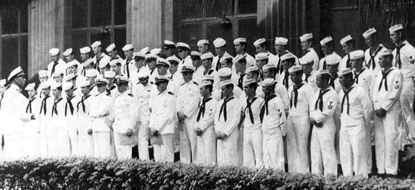 USS Triton Crew